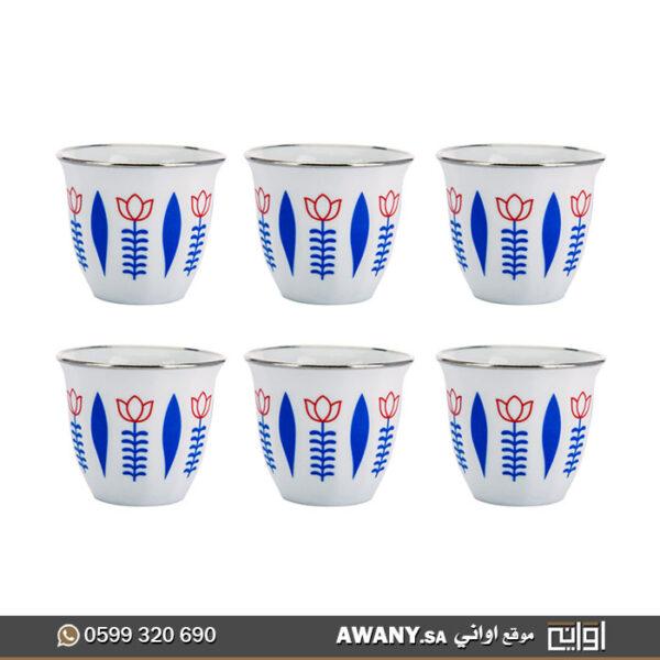 فنجال لتقديم القهوة العربية